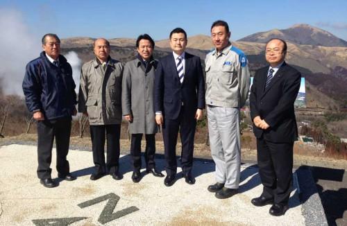 大分県玖珠郡九重町の九州電力八丁原地熱発電所を視察する、かわの義博