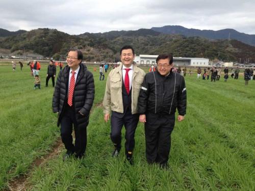 JAのべおか主催の第4回麦ふみ大会に参加する、かわの義博