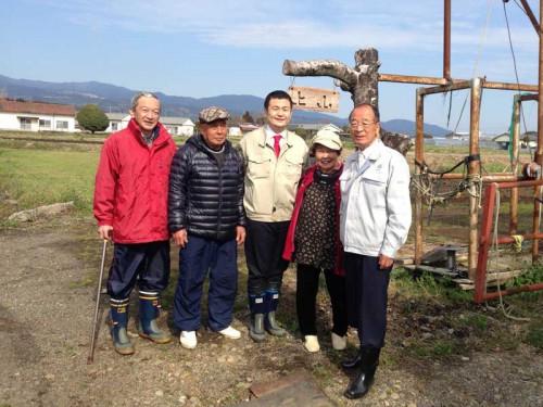 川南町の畜産農家の方と かわの義博