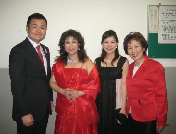 上田雅美さん、遠藤綾子さん、吉岡大分県会議員とかわの義博