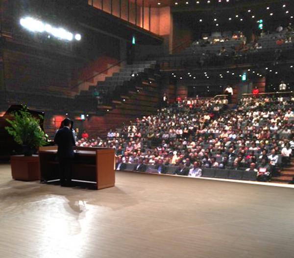 雨にも関わらす多くの方にお集まりいただいた、かわの義博時局講演会(日田市)