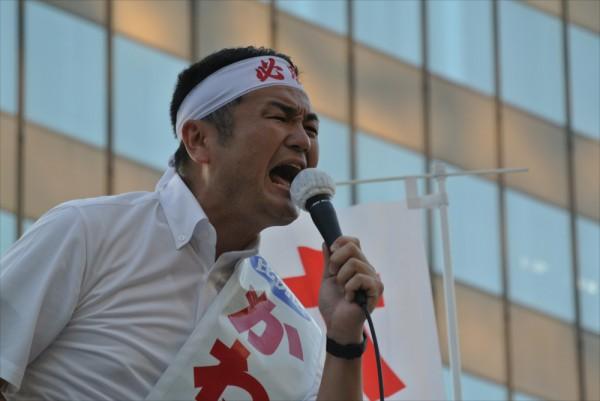 かわの義博、博多駅前での街頭演説
