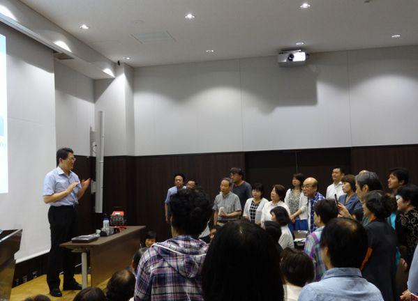 新開県議、高木市議と共に防塁区党員研修会に参加