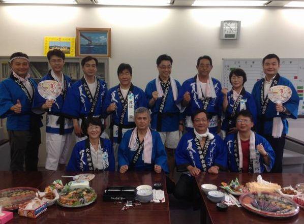 北九州市の夏まつりに地元議員の皆様と参加