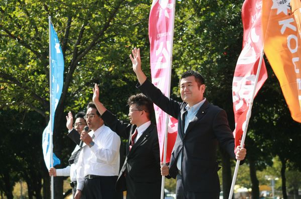 北九州で行われた青年街頭演説会にて