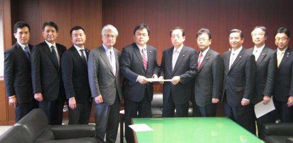 太田国交大臣にUR改革に関する申入れ