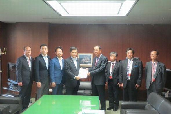 石井国土交通大臣へ要望
