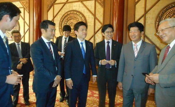 日中友好協会の唐家璇会長と歓談