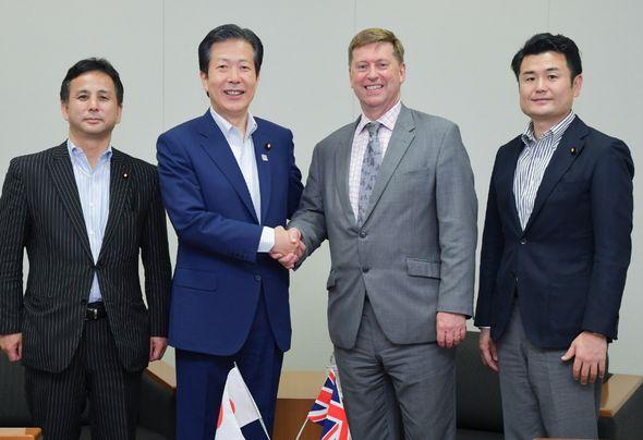 ポール・マデン駐日英国大使の表敬を受ける